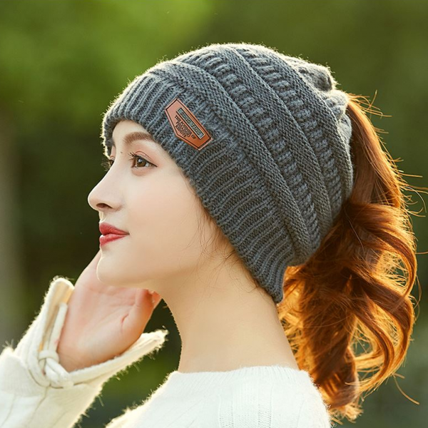 Beanie with hole for ponytail - InspiringBand